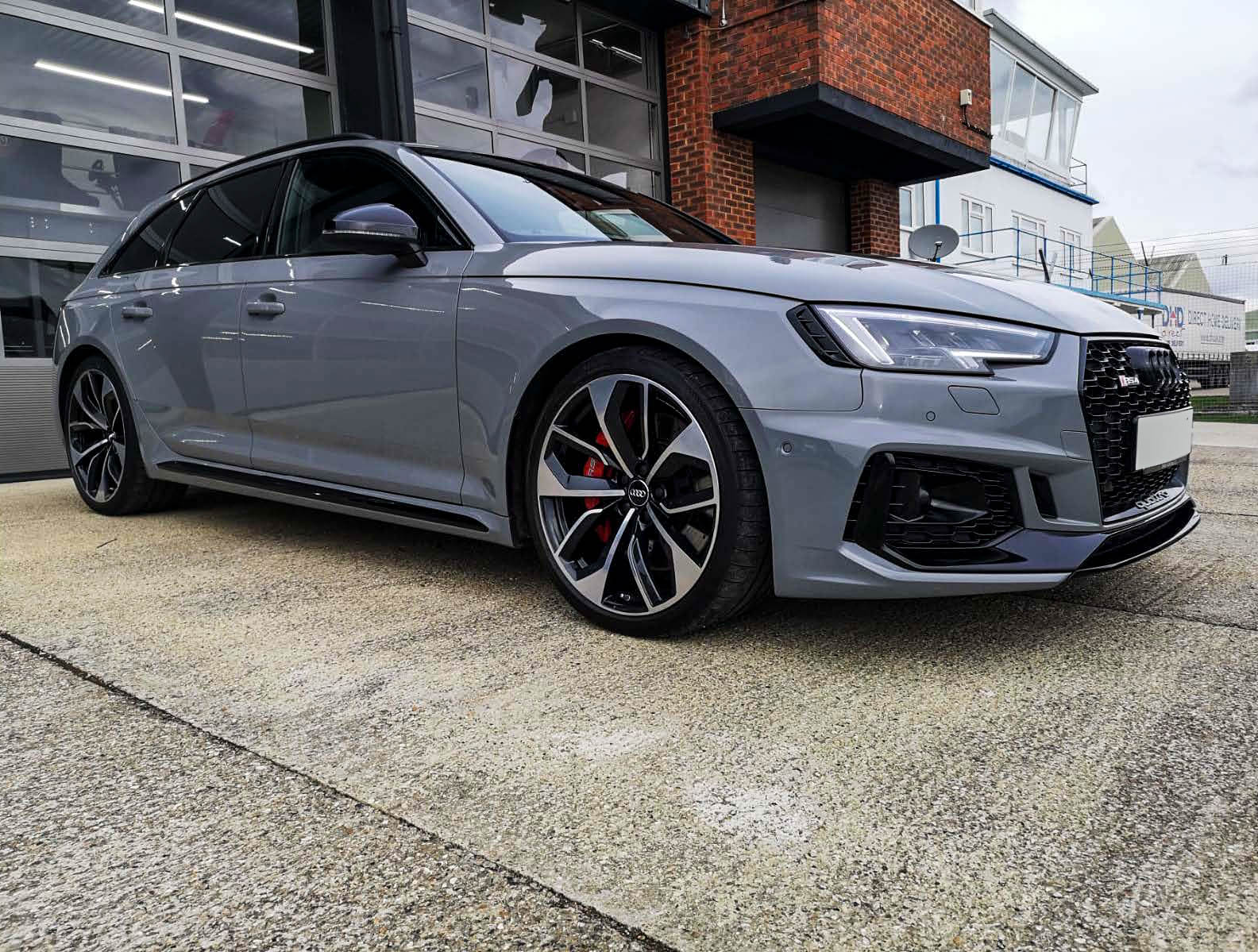 Nardo Grey RS4