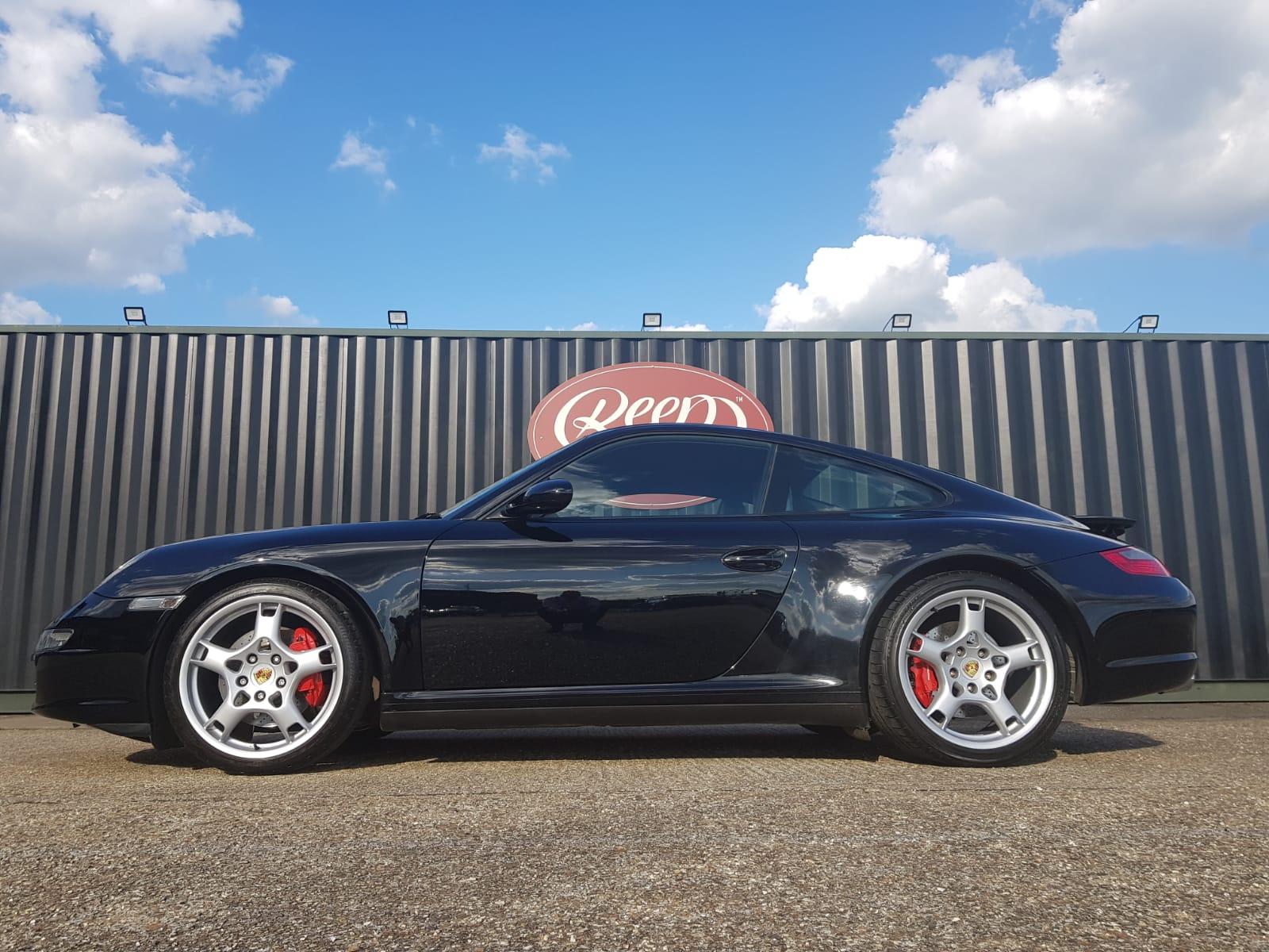 Porsche Carrera Gloss Coat