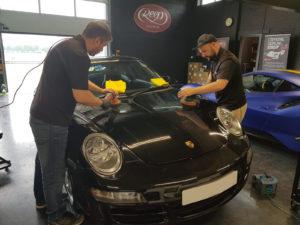 Porsche Carrera Machine Polish