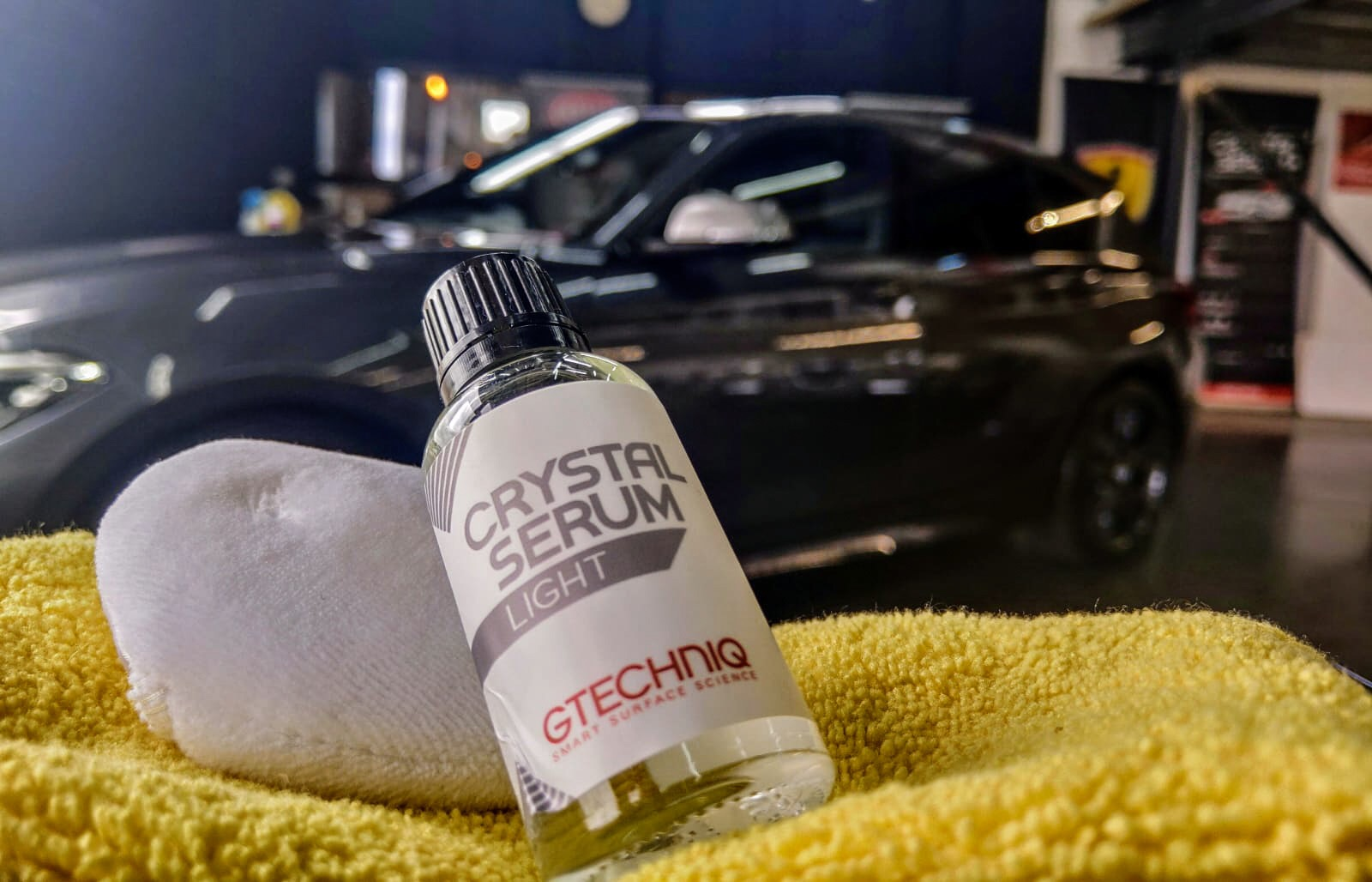 What is Gtechniq Crystal Serum Light