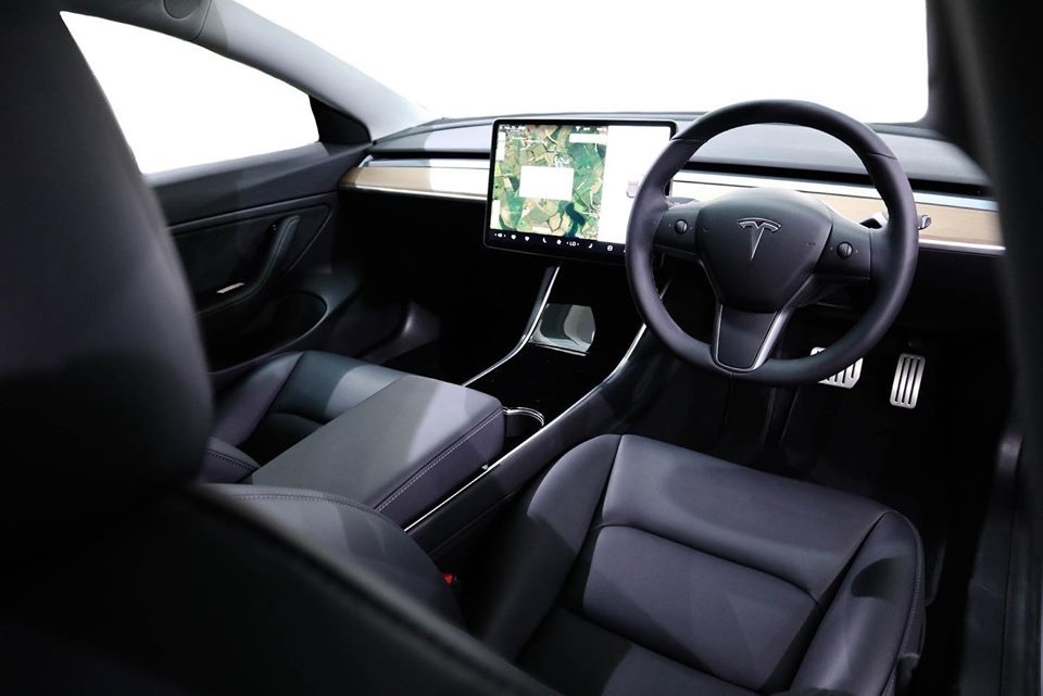 Tesla Touch Screen Protection