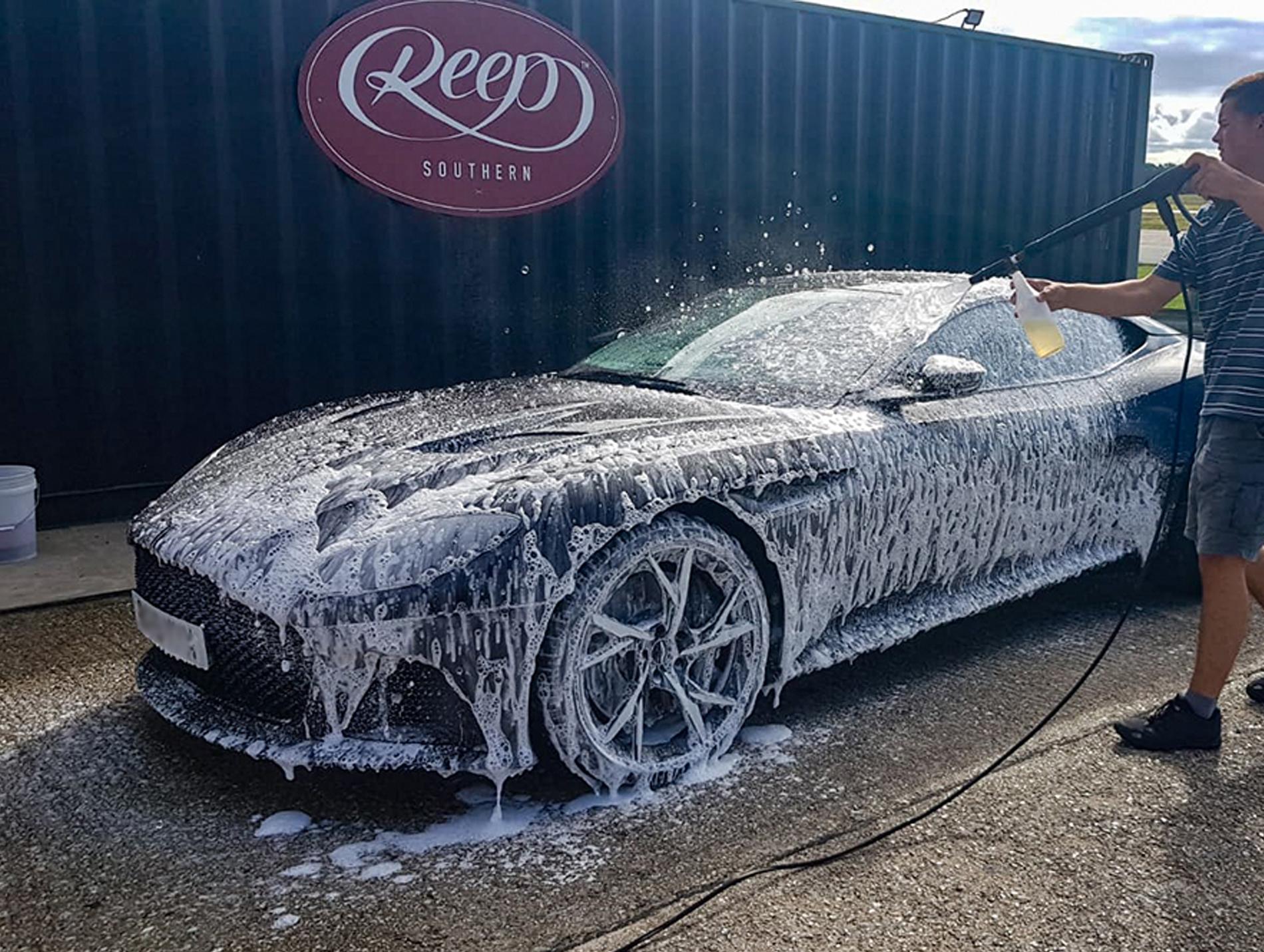 Detailing Snow Foam Car Wash