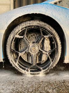 Alloy-Wash-with-Snow-Foam-225x300