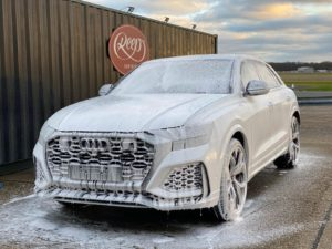 Audi RS Q8 Snow Foam
