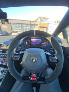 Lamborghini-Interior-225x300